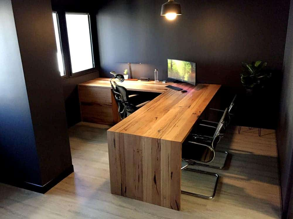 Types of Desks